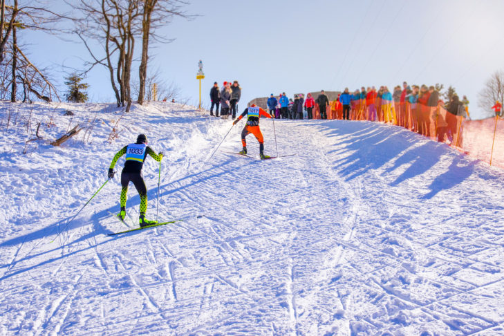 Lange Anstiege beim Langlauf-Wettbewerb kosten viel Kraft.